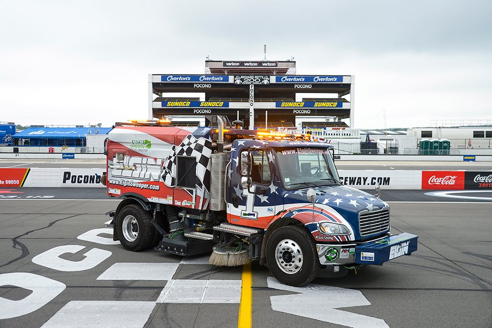 NASCAR, Elgin Sweeper renew NASCAR Green partnership